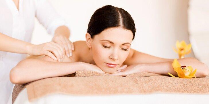 Aromaterapeutická, klasická, športová masáž alebo masáž chodidiel