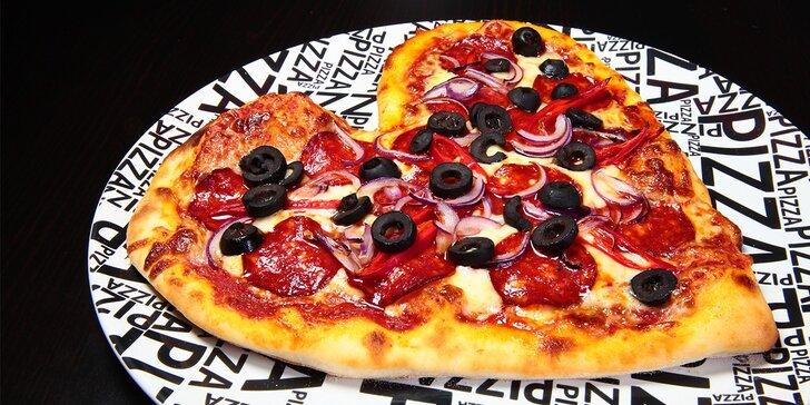 Zamilovaná pizza v tvare srdca!