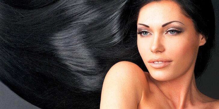 Strih, farbenie či nová šetrná technika vyrovnávania vlasov RELAX´SS