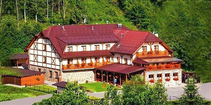 Rodinná dovolenka vo wellness hoteli Gobor*** v Západných Tatrách + 1 dieťa do 12 rokov zdarma!