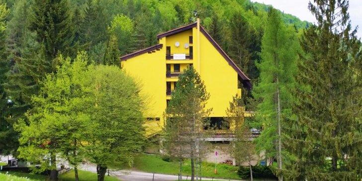 Ubytovanie na 3-4 dni v hoteli Smrečina s polpenziou a vstupom do jacuzzi