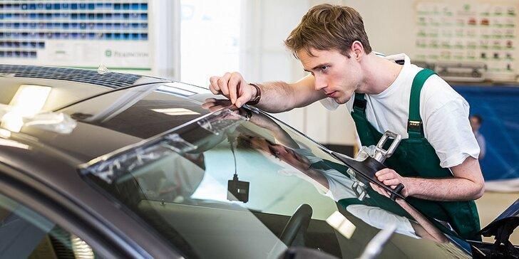 Jarná technická kontrola s celkovou diagnostikou alebo oprava čelného skla