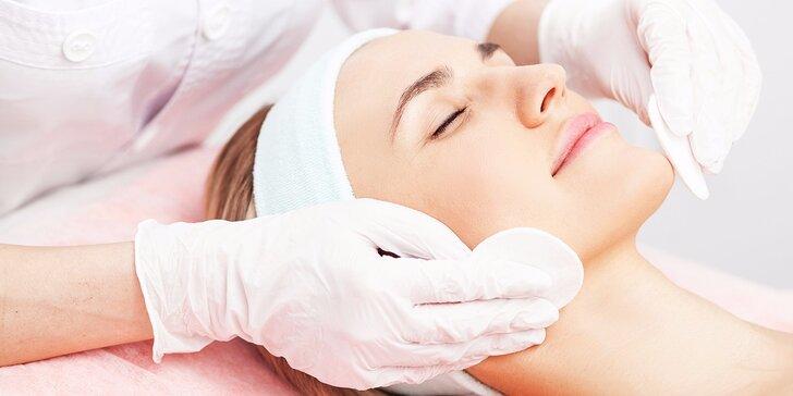 Profesionálna starostlivosť o pleť s hĺbkovým čistením, pílingom, kaolínovou maskou a sérom na očné okolie
