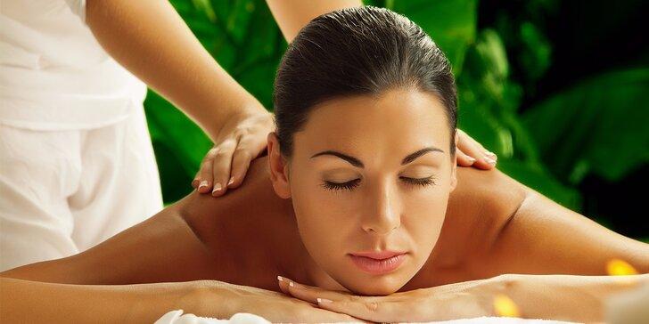 Darujte relax sebe alebo svojim blízkym v podobe ayurvédskej masáže v salóne asana Mosako