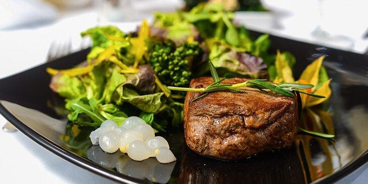 Exkluzívne 4-chodové menu s hovädzím steakom Barrique, ako predjedlo tatarák z údeného lososa + polievka a dezert