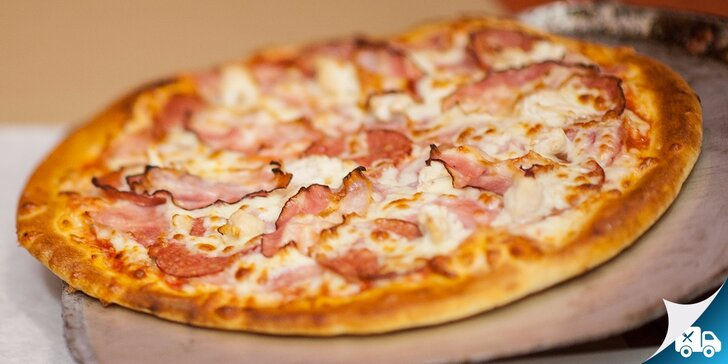 Donáška 2x alebo 4x pizza + liter nealka priamo k vám