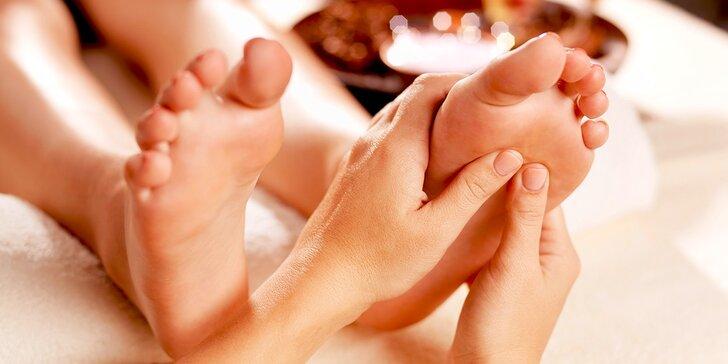 Uvoľňujúca klasická celotelová masáž či reflexná masáž chodidiel