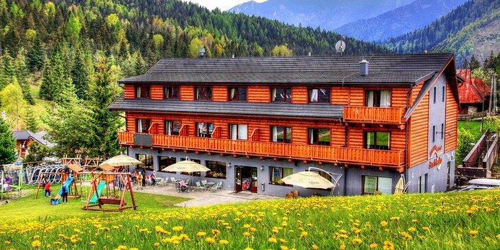 Odštartujte leto v tom správnom štýle s Hotelom Bachledka**** Strachan - v najlepšom ubytovacom zariadení v prešovskom kraji za rok 2015 + až 2 deti ubytovanie zadarmo