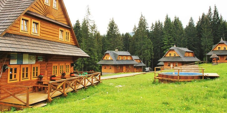 Pravá slovenská wellness dovolenka v panenskom horskom prostredí s domácou gastronómiou a ubytovaním v zruboch. Deti za zvýhodnené ceny!