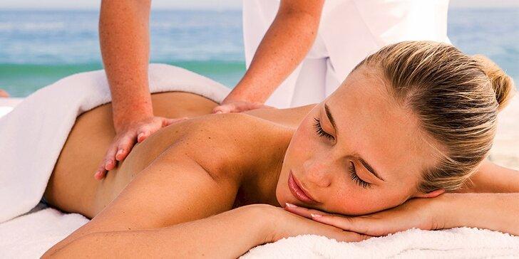 Ayurvédska masáž chrbta pre sedavé zamestnanie alebo celotelová masážna procedúra Ganga + darček