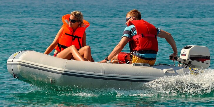 Super plavba na motorových člnoch po Jarovskom ramene!