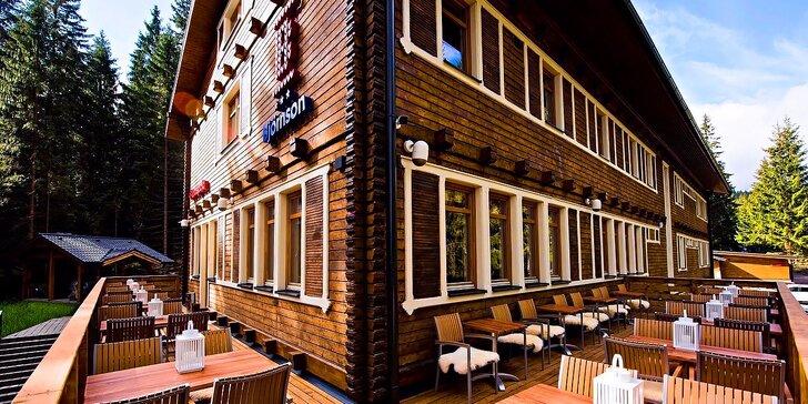 Turistický a relaxačný pobyt pod Chopkom v Nízkych Tatrách v legendárnej chate Björnson!