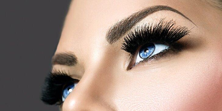Očarujúce 4D mihalnice značky Goldlashes či permanentný make up obočia 3D čiarkovanou metódou