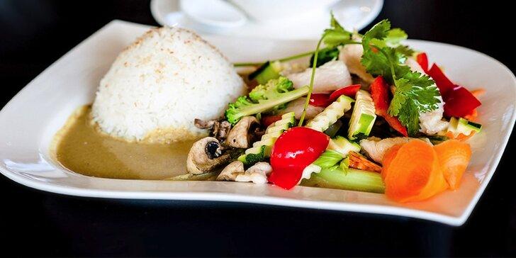 Pravá thajská polievka Tom yum a Green kari pre 1 alebo 2 osoby