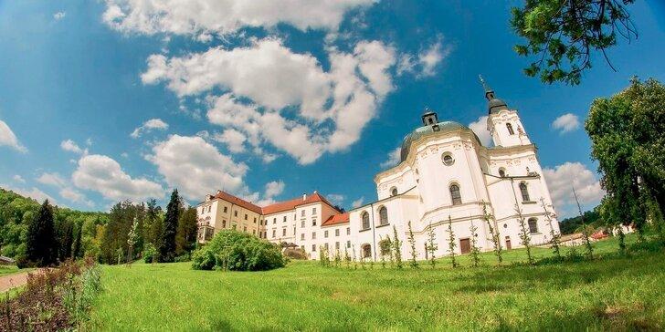 Pobyt na barokovom zámku Křtiny uprostred Moravského krasu