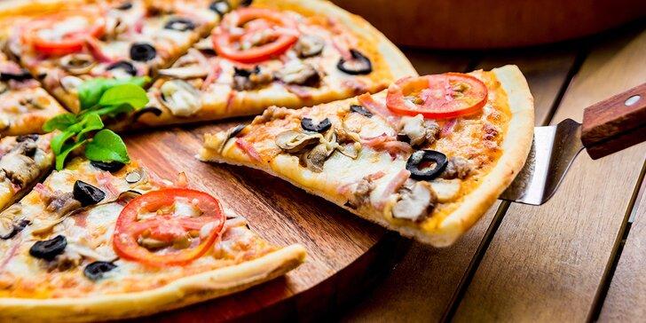 XL Pizza podľa vášho výberu vo WELL DONE restaurant & drink