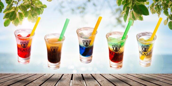 Streľte si až 5 shot drinkov podľa vlastného výberu - v ponuke aj Kožmeker či Kajšmentke!
