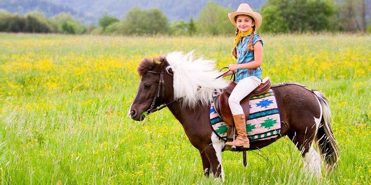 8-dňový westernový jazdecký letný tábor pre deti od 7 do 15 rokov v Kremnických vrchoch v Parku pod Borovicou