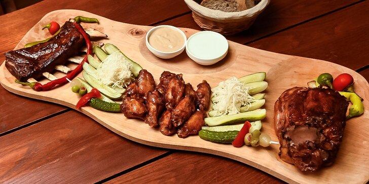 Misa plná mäsa až pre 4 osoby alebo výborne chrumkavé grilované krídielka!