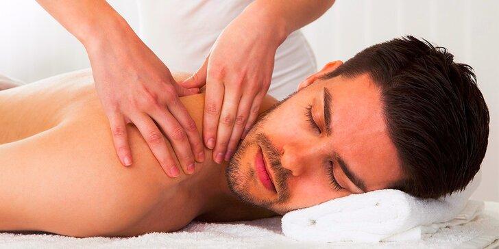 Ayurvédska, havajská, reflexná alebo športová masáž