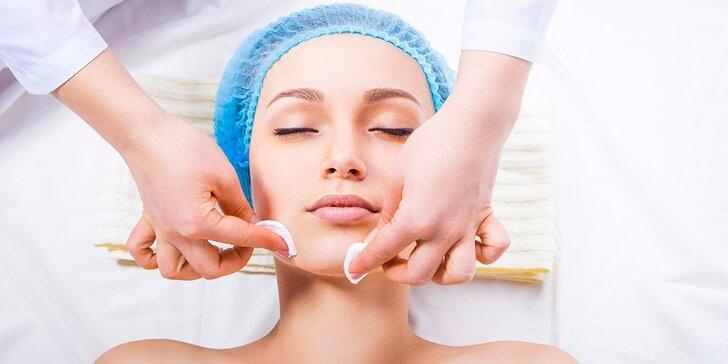 Ručné hĺbkové čistenie pleti s maskou alebo masáž tváre a krku s maskou