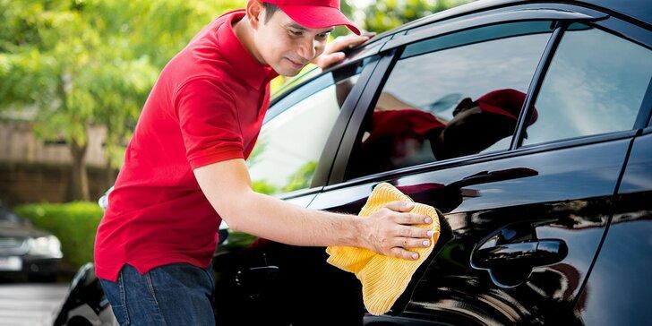 Kompletné profesionálne umytie vášho vozidla. Aj voskovanie a tepovanie či ošetrenie kože!