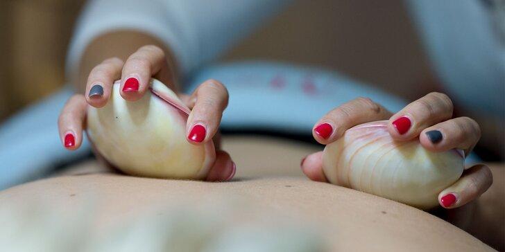 NOVINKA! Masáž chrbta a nôh horúcimi mušľami aj s peelingom a zábalom alebo masáž tváre a dekoltu polodrahokamami
