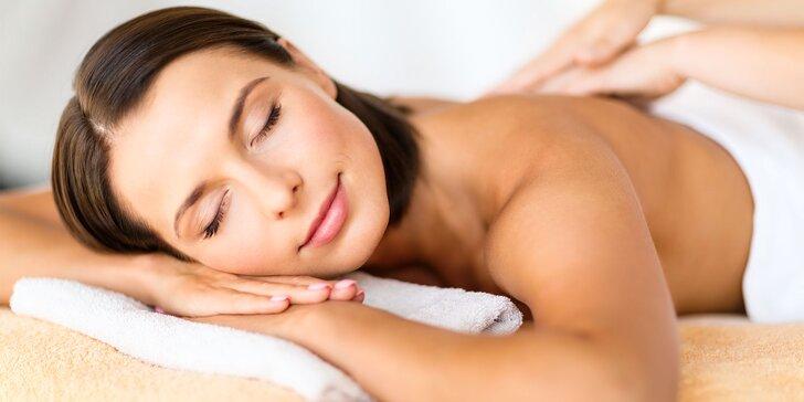 Masáže chrbta alebo celého tela s jemným peelingom a zábalom či masáž tváre pre dámy