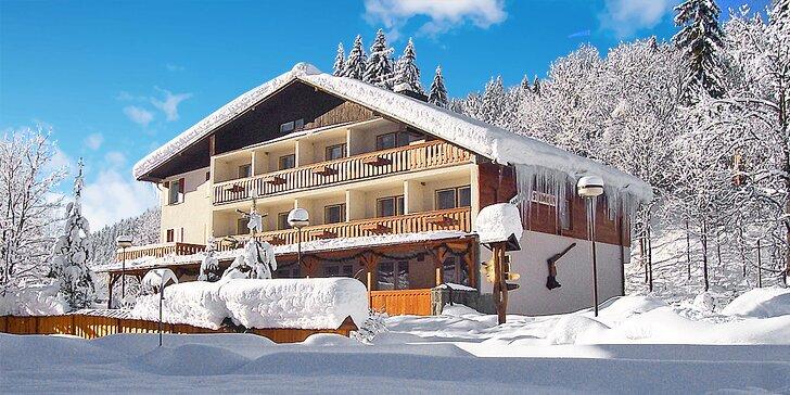 Relaxačný pobyt i lyžovanie v Beskydoch: Polpenzia, neobmedzené wellness i masáže