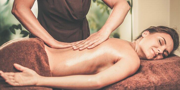 Senzuálna relaxačná celotelová olejová masáž alebo aromamasáž aj s champi masážou hlavy