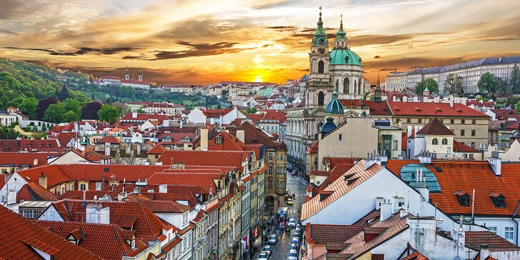 Za pamiatkami a nákupmi do stovežatej Prahy