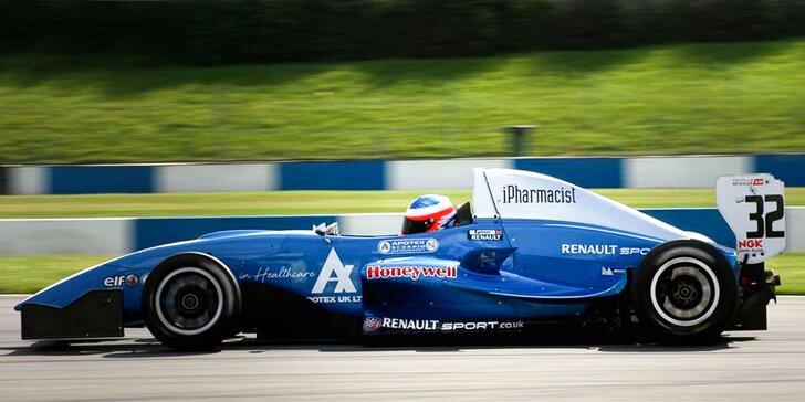 Jazda na formule Renault 2.0 - až 7 kôl!