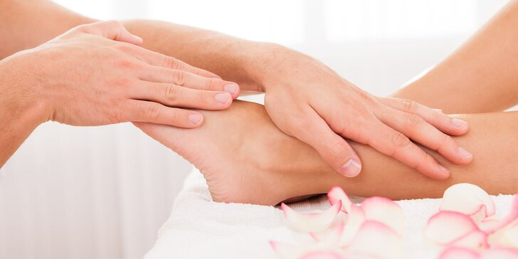 Reflexno-relaxačná masáž chodidiel alebo darčekové poukážky na masáže podľa vlastného výberu s horúcim čajom