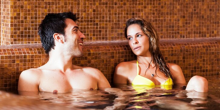 Privátny wellness v saune a bazéne s domácou limonádou a ovocnou misou
