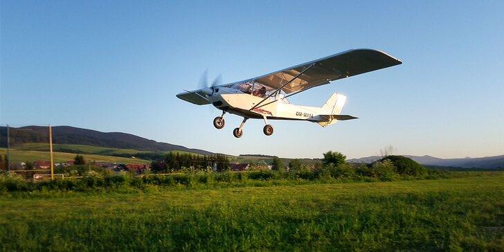 Let lietadlom Zenair STOL CH701 s možnosťou pilotovania ponad Oravskú priehradu, Oravský hrad a Roháče