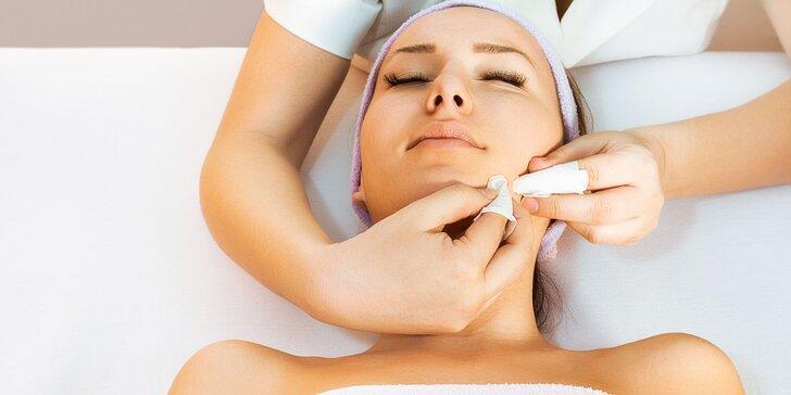 Ošetrenie aknóznej pleti, odstránenie pigmentových škvŕn alebo otvorený voucher na kozmetické procedúry