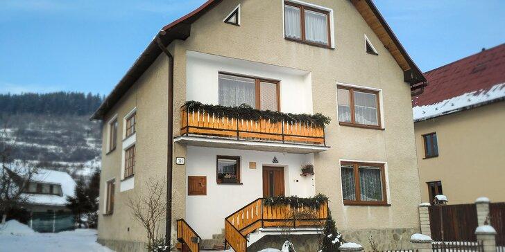 Zimný alebo jarný pobyt v Oravskom domčeku so všetkými krásami okolia + zľavy na skipasy a aquaparky