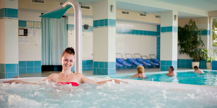 Zimný relaxačný 6-dňový pobyt s neobmedzeným bazénom, vírivkou a možnosťou liečebných procedúr v Dudinciach