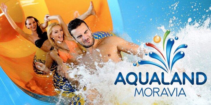 Vodné radovánky v Aqualand Moravia vrátane návštevy 7D kina alebo dezertu