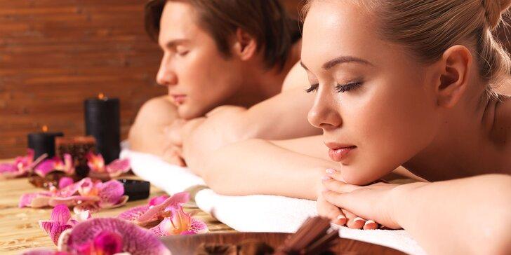 Bylinková masáž chrbta a šije alebo klasická masáž so škoricovým zábalom aj pre páry