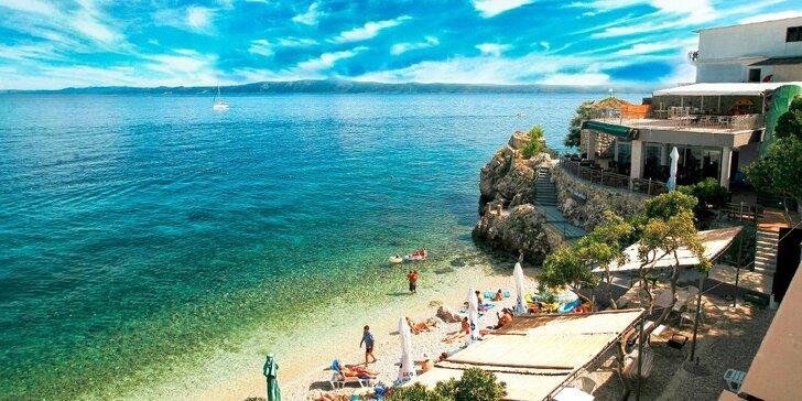 Dovolenka na Makarskej so súkromnou plážou a výhľadom na more!