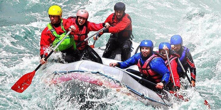 Adrenalínový splav umelého kanála alebo splav rieky Váh s fotografiami a videozáznamom