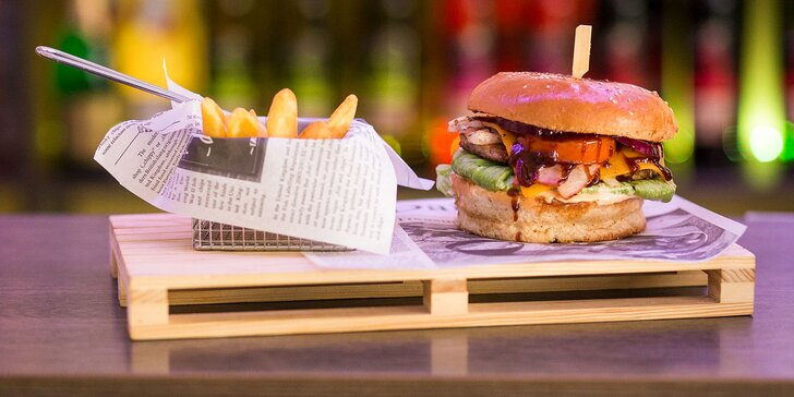 Texas burger s hranolčekmi pre milovníkov chutnej klasiky