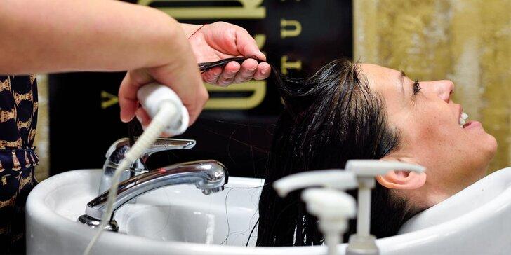Výživa suchých vlasov a brazílsky keratín v salóne ARRIA