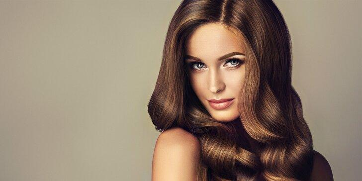Profesionálny strih alebo farbenie vlasov s regeneráciou z čierneho kaviáru