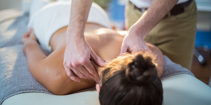 Špeciálna ozdravná masáž chrbta alebo manuálna anticelulitídno-detoxikačná lymfodrenáž