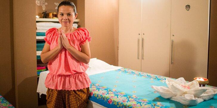 Thajská olejová masáž celého tela a tváre od pravej Thajky