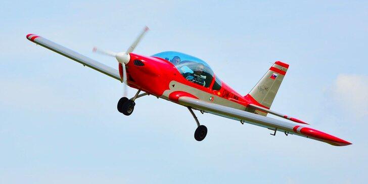 Let lietadlom Cessna 150 alebo Viper SD4 s možnosťou pilotovania na skúšku