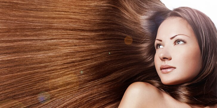 Krásne rovné vlasy s parnou žehličkou STEAMPOD