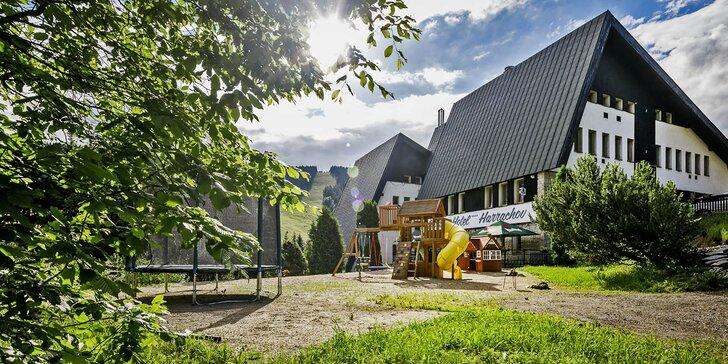 Jarná dovolenka s wellness v 4 * hoteli Pytloun v Harrachove